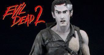 Action Figure Evil Dead 2: Bruce Campbell como Ash no Deserto