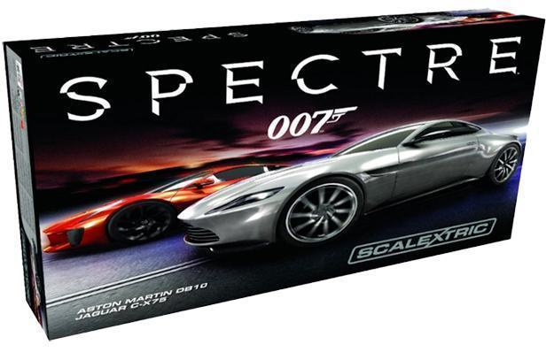 Autorama-James-Bond-007-Spectre-Slot-Car-Race-Set-Scalextric-09