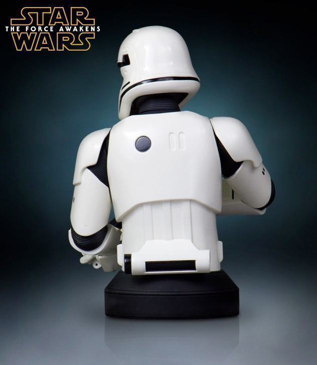 Busto-Star-Wars-The-Force-Awakens-The-First-Order-Stormtrooper-Mini-Bust-05