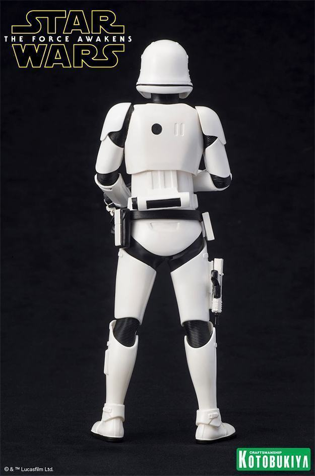 Estatua-STAR-WARS-First-Order-Stormtrooper-ARTFX-04