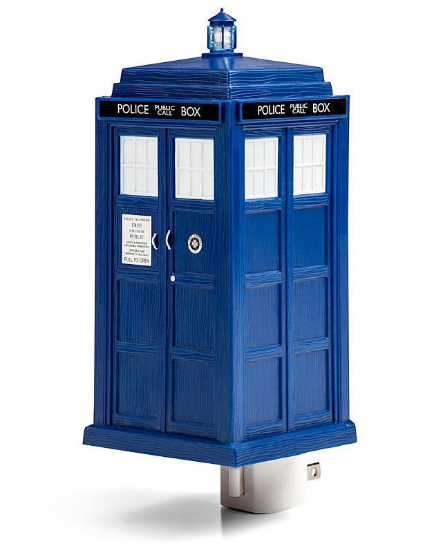 Luz-Noturna-Doctor-Who-TARDIS-Night-Light-03