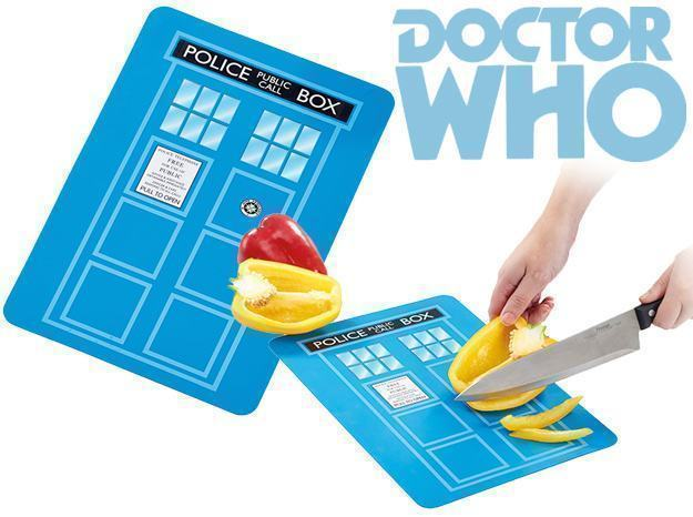 Tabua-de-Cortar-Doctor-Who-TARDIS-Chopping-Board-01