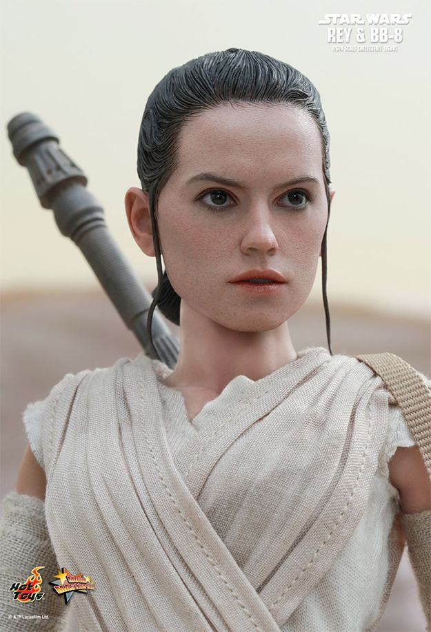 Action-FIgures-Hot-Toys-Star-Wars-VII-BB-8-e-Rey-02