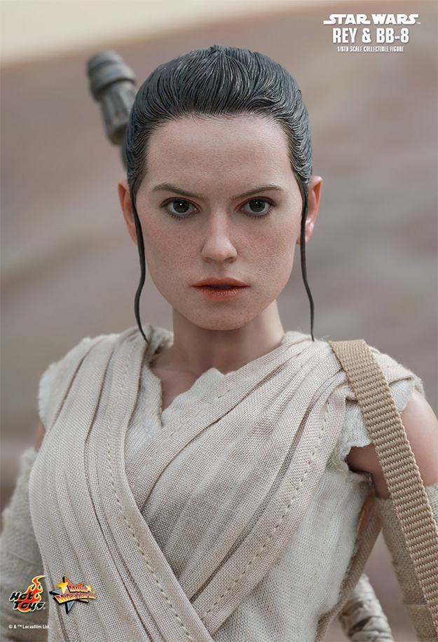 Action-FIgures-Hot-Toys-Star-Wars-VII-BB-8-e-Rey-03
