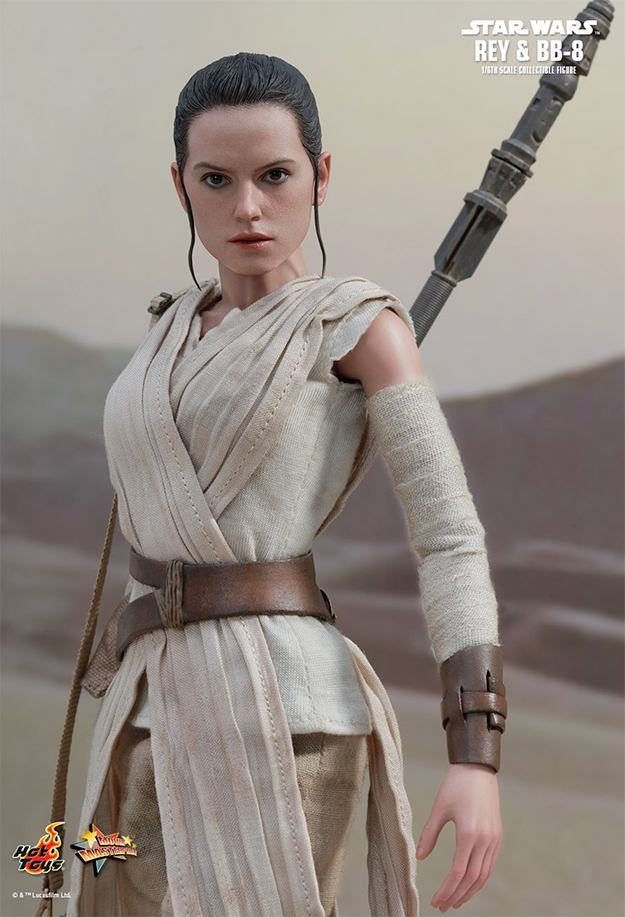 Action-FIgures-Hot-Toys-Star-Wars-VII-BB-8-e-Rey-09