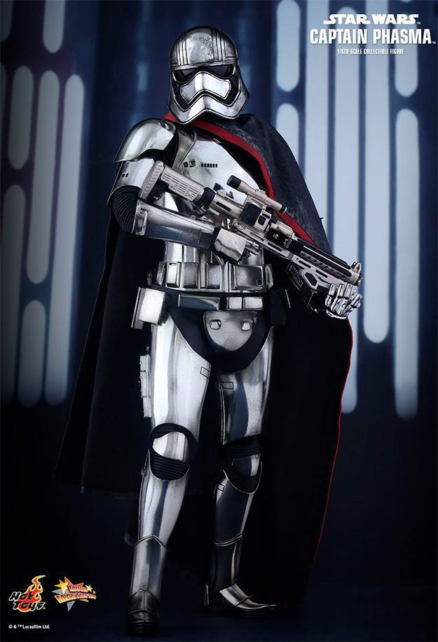 Action-FIgures-Hot-Toys-Star-Wars-VII-Captain-Phasma-02