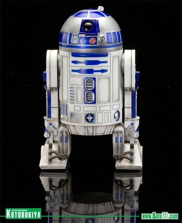 Estatuas-C-3PO-R2-D2-BB-8-ArtFX-Star-Wars-VII-04