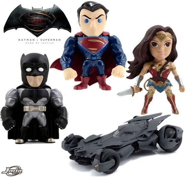 Bonecos-Batman-v-Superman-Dawn-of-Justice-Metals-Die-Cast-Figures-01