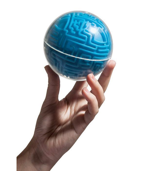 Quebra-Cabeca-A-Maze-Ball-Maze-Game-ThinkGeek-03