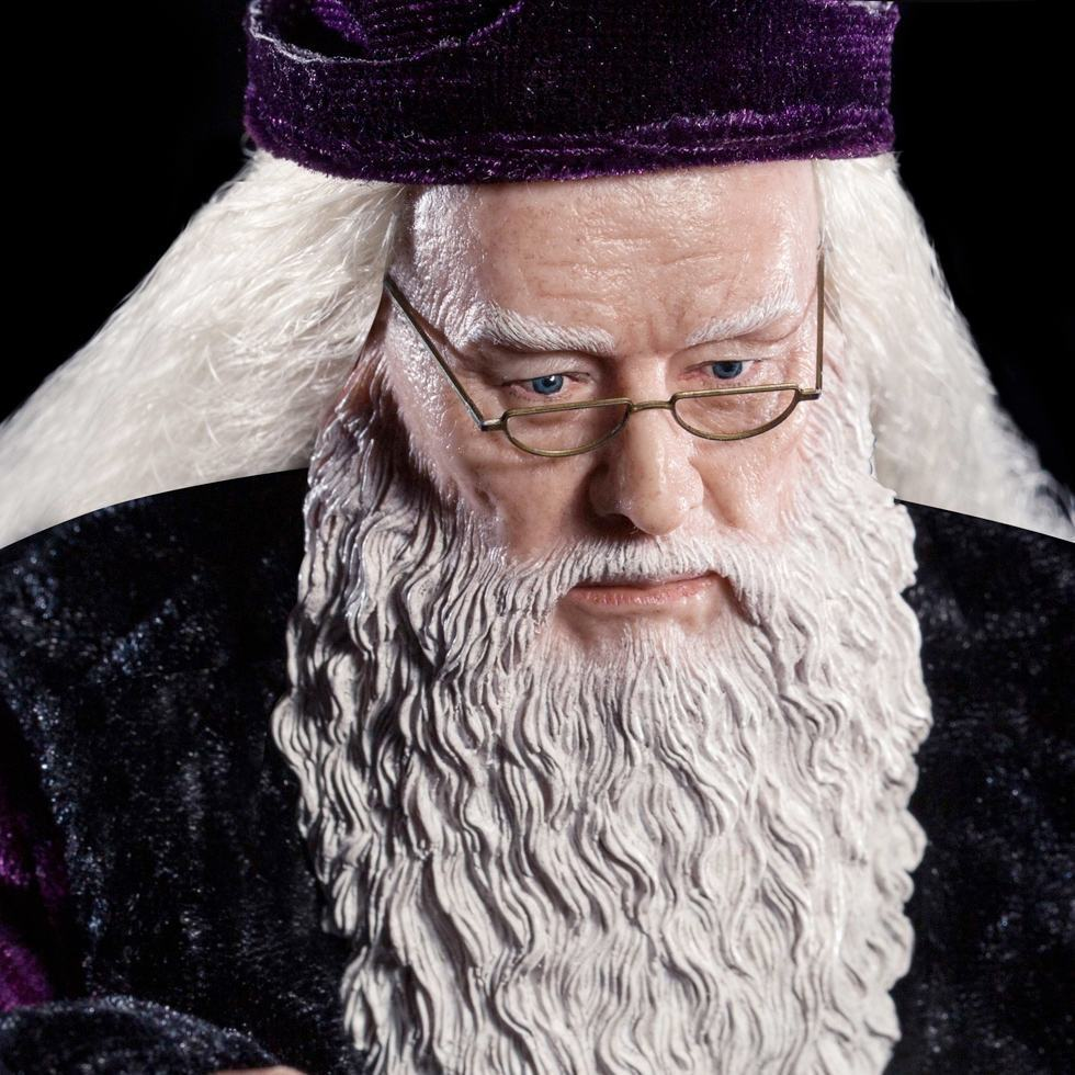 Albus-Dumbledore-StarAce-Harry-Potter-Deluxe-Action-Figure-03