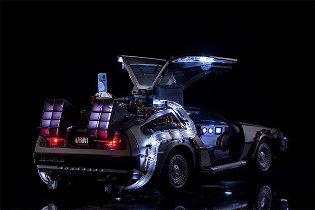 Carro-Back-to-the-Future-Pt-II-DeLorean-Magnetic-Floating-Vehicle-06