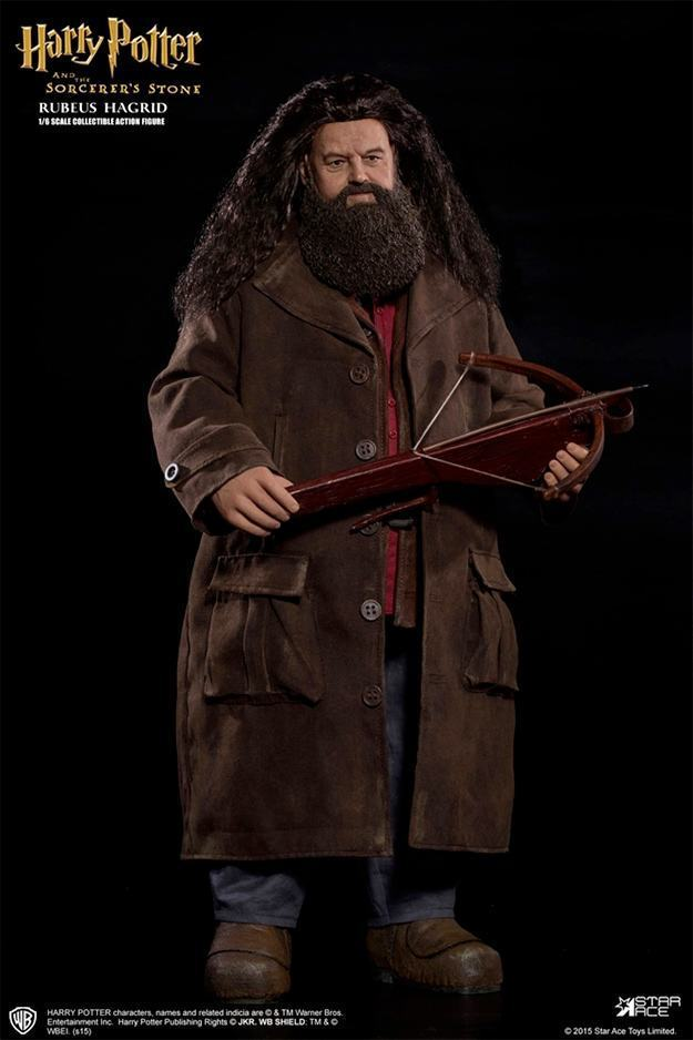 Rubeus-Hagrid-StarAce-Harry-Potter-Deluxe-Action-Figure-01
