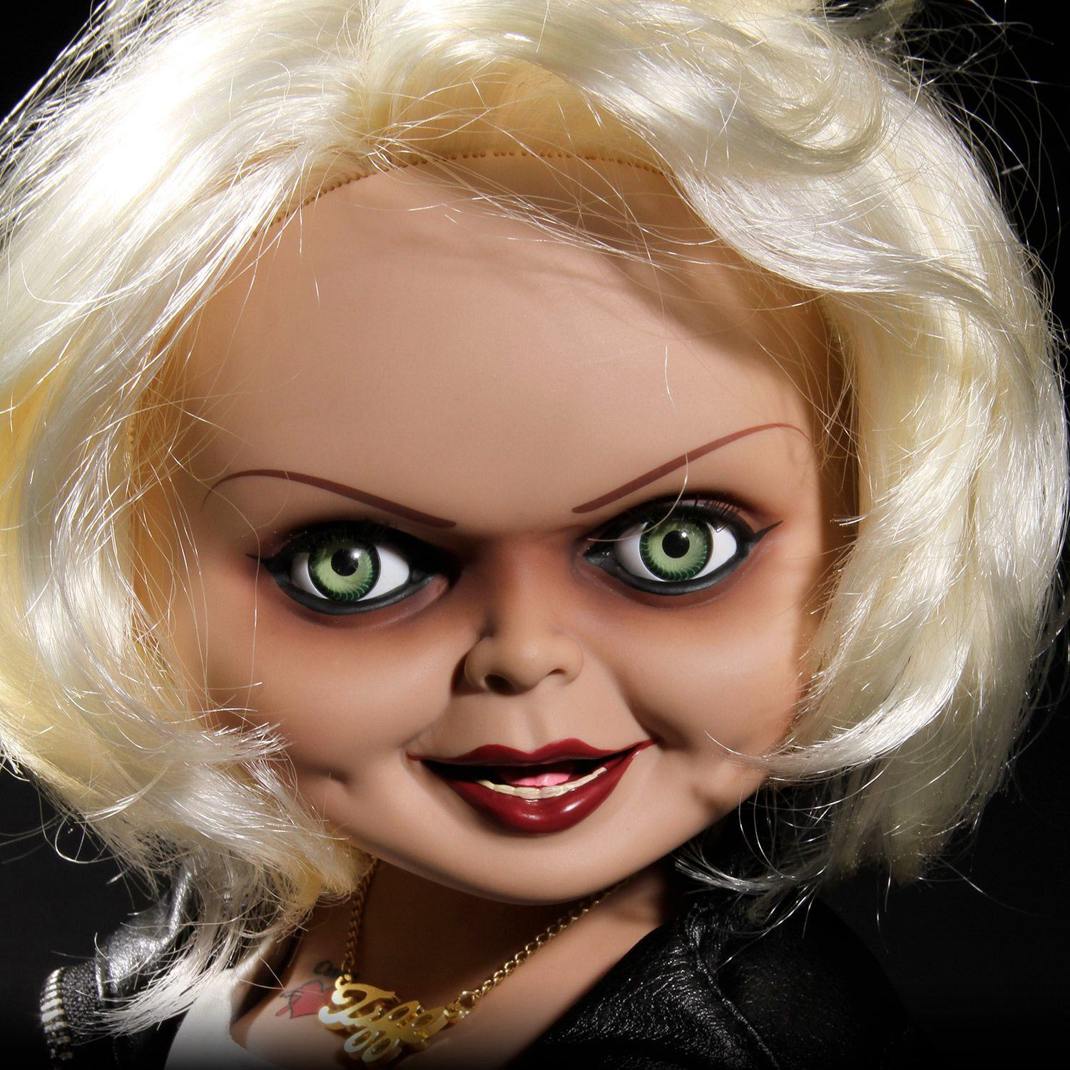 Boneca-Bride-of-Chucky-Talking-Tiffany-02
