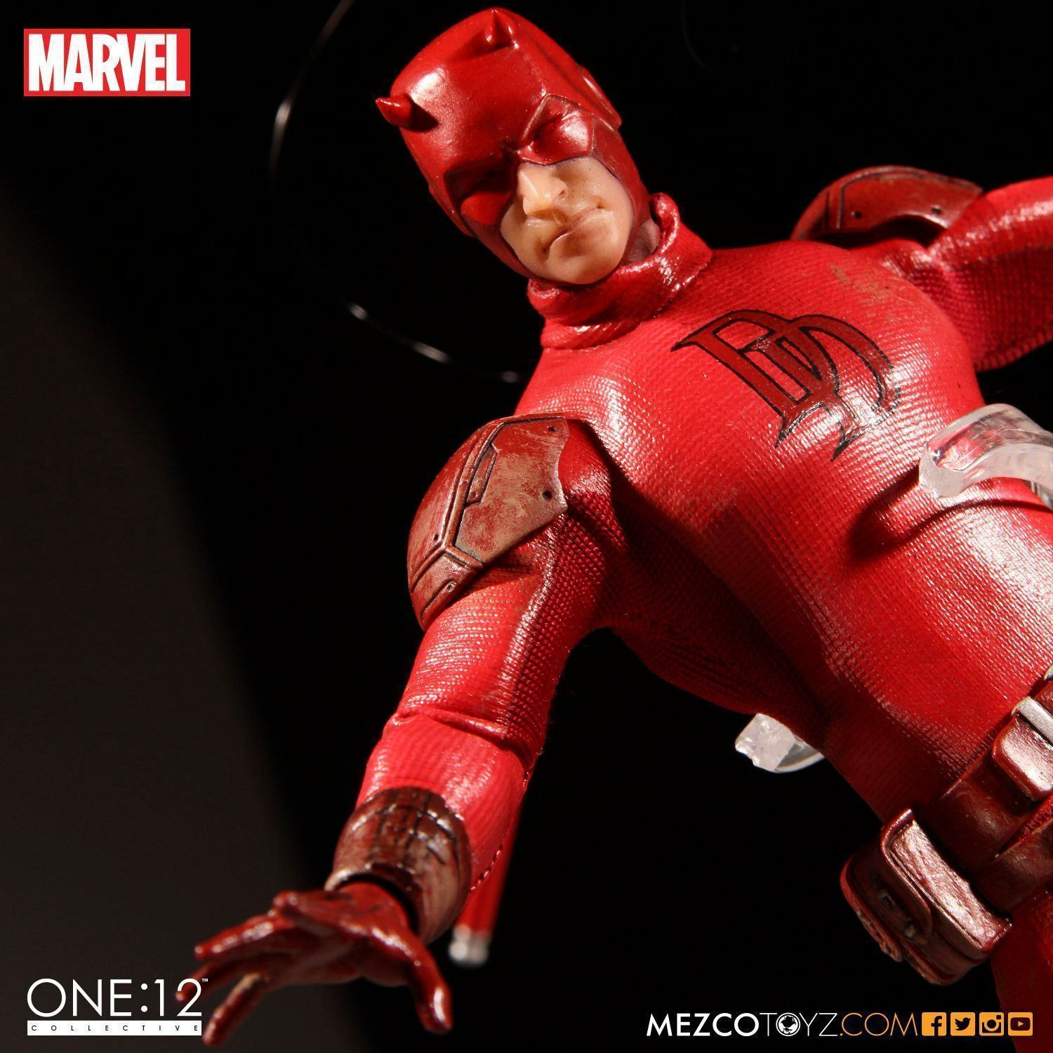 Demolidor-Daredevil-One12-Collective-Action-Figure-03