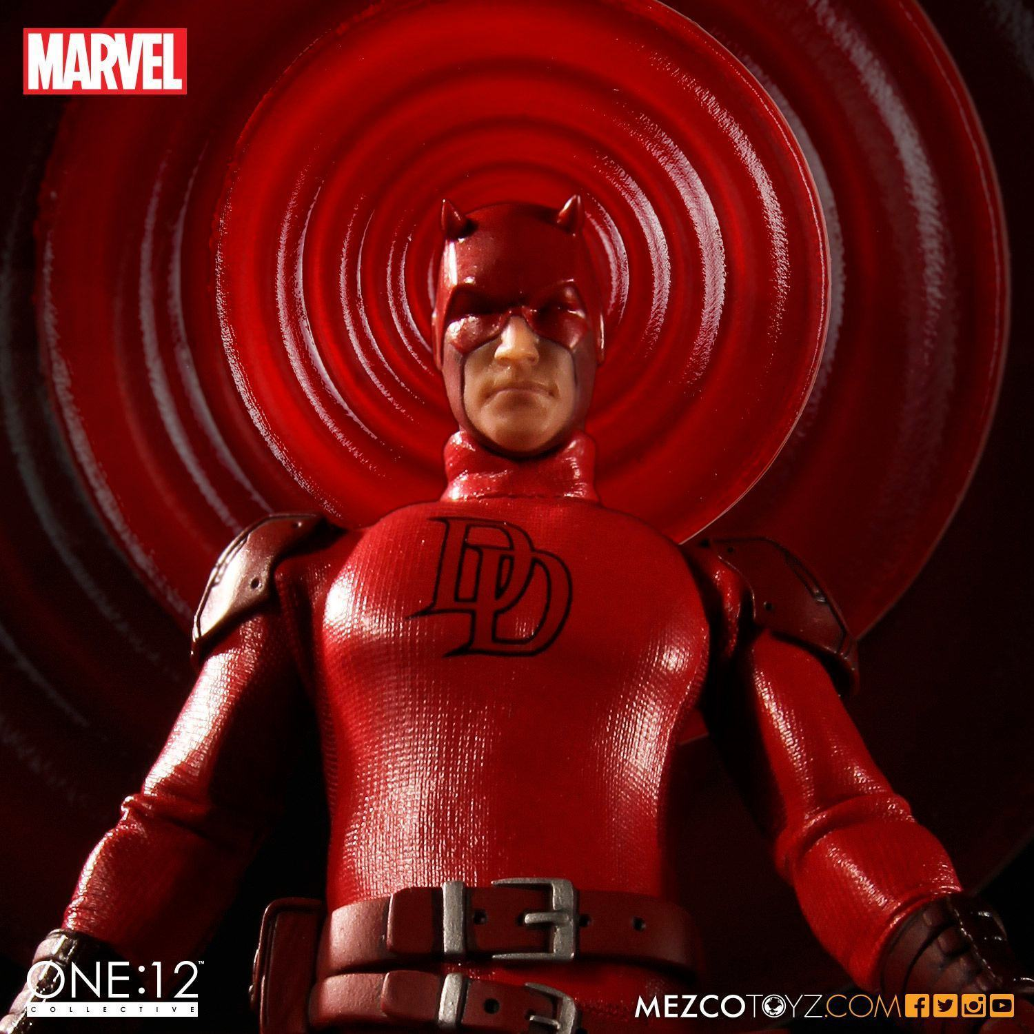 Demolidor-Daredevil-One12-Collective-Action-Figure-04