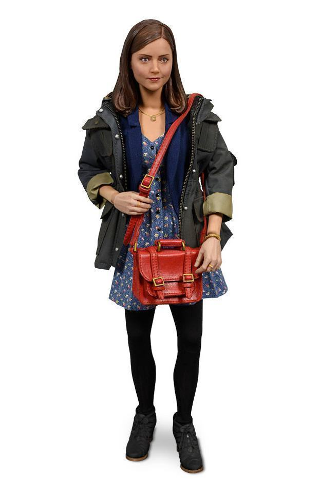 Doctor-Who-Action-Figure-Clara-Oswald-Series-7B-10