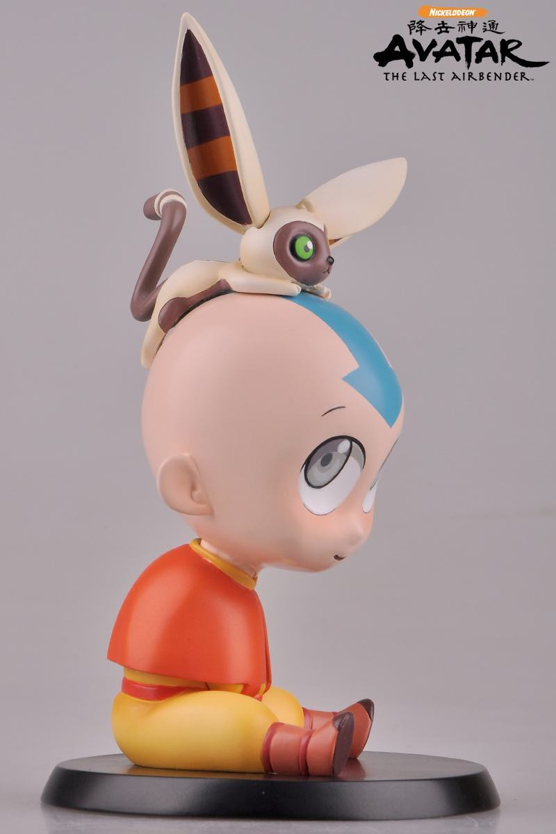 Estatua-Avatar-The-Last-Airbender-Chibi-Aang-Statue-04