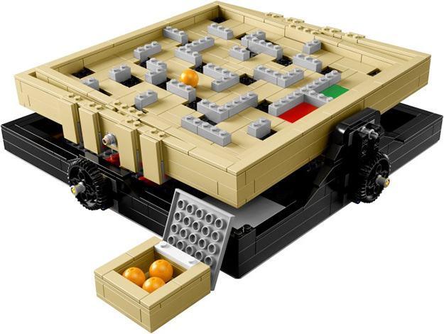 Labyrinth-Marble-Maze-LEGO-02