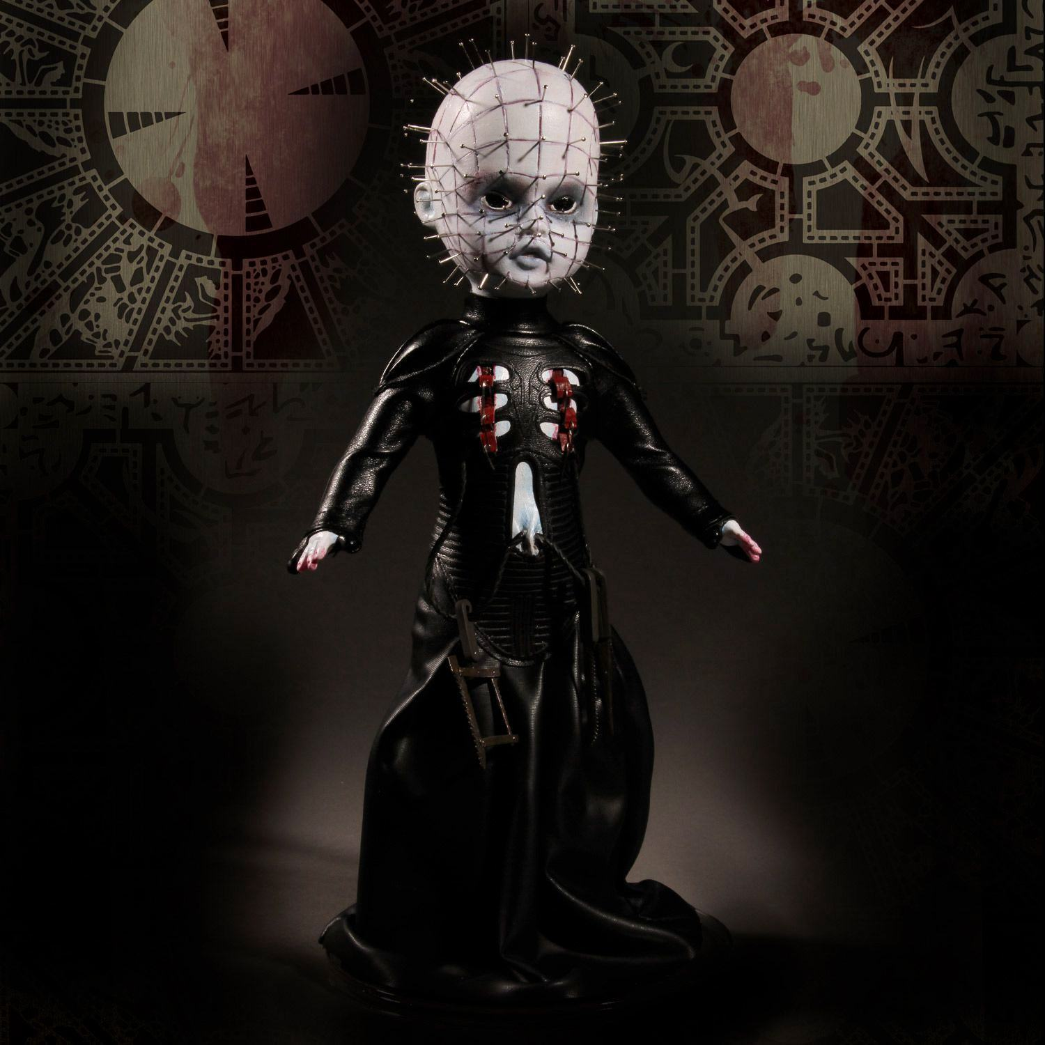 Living-Dead-Dolls-Pinhead-Hellraiser-III-Hell-on-Earth-05