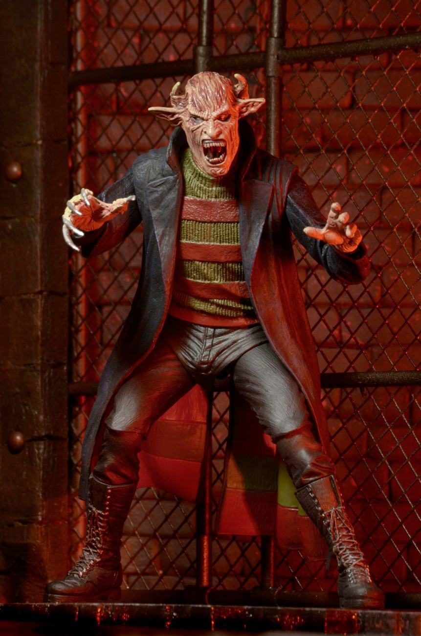 New-Nightmare-Freddy-7-Inch-Nightmare-on-Elm-Street-Action-Figure-03