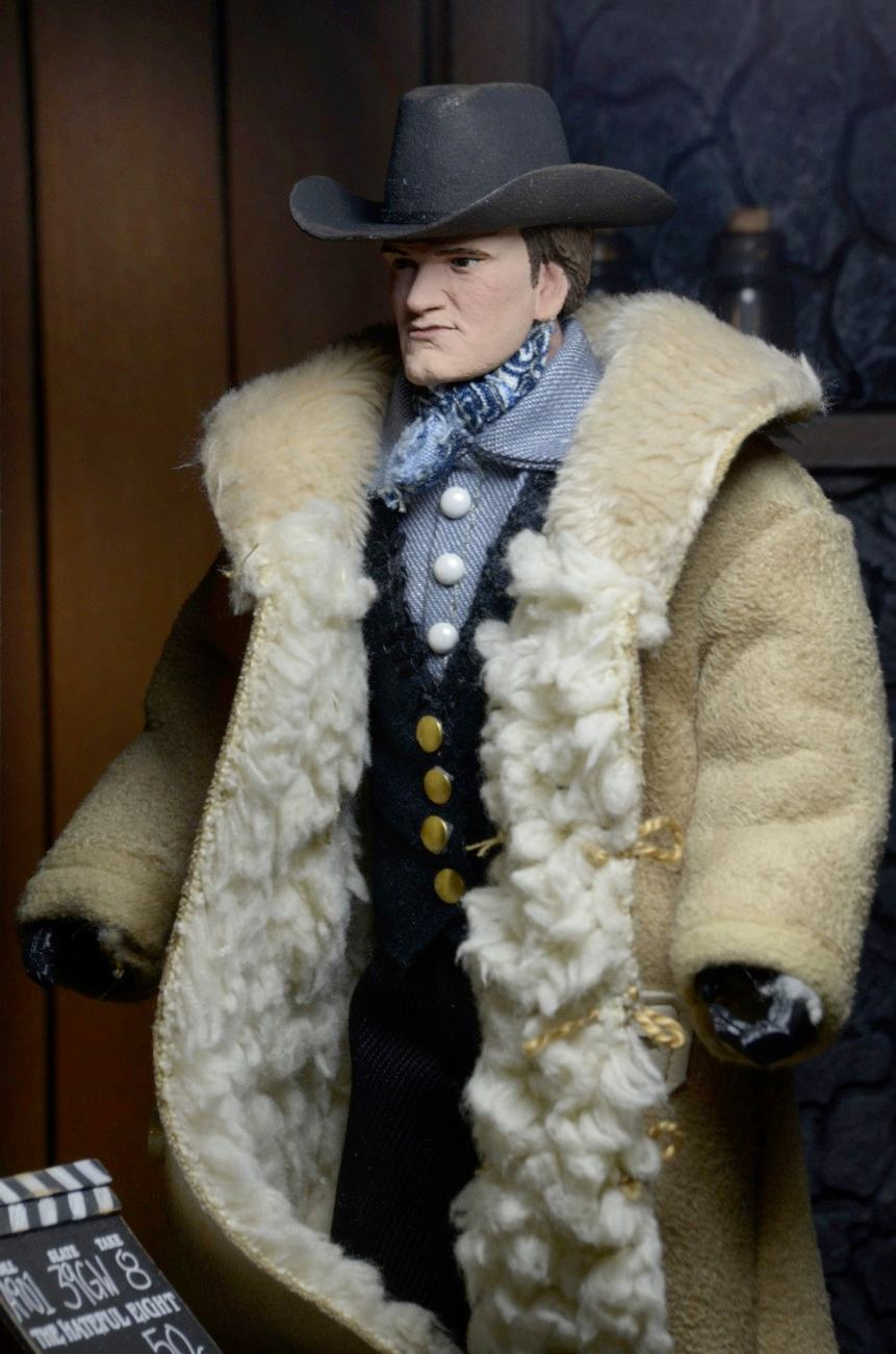 Quentin-Tarantino-Writer-e-Director-The-Hateful-Eight-Clothed-Action-Figure-04