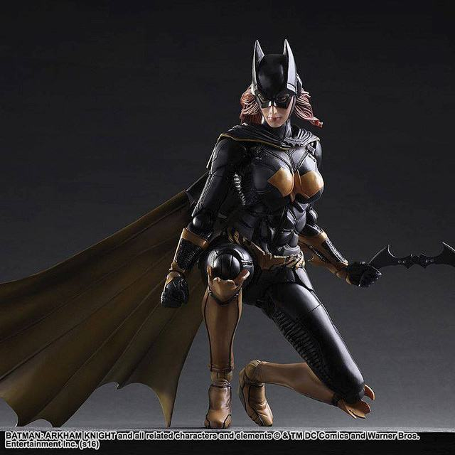 Batgirl-Batman-Arkham-Knight-Play-Arts-Kai-Action-Figure-04