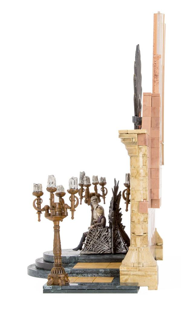 Game-of-Thrones-Construction-Set-Iron-Throne-Room-04