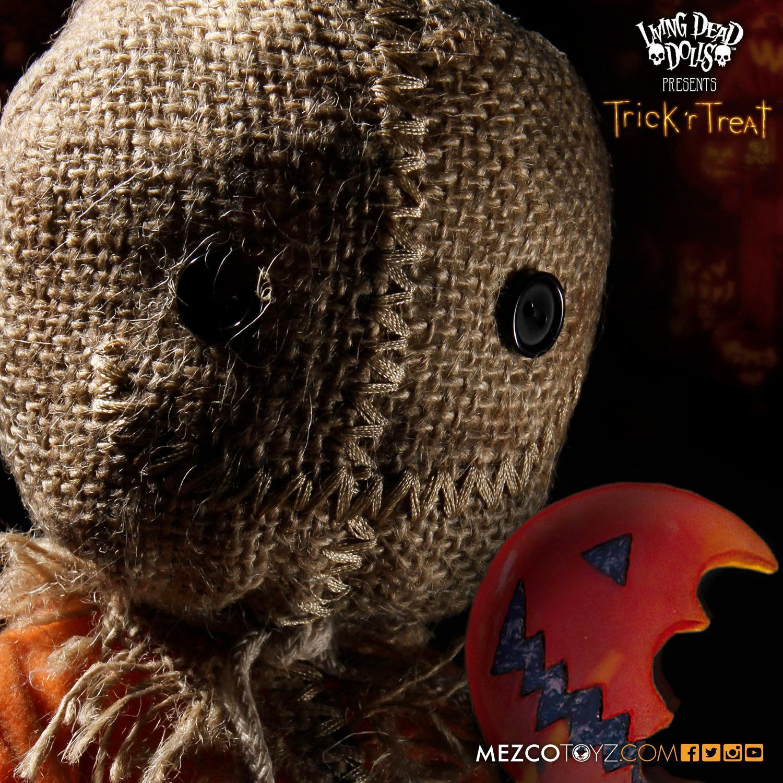 Living-Dead-Dolls-Presents-Trick-R-Treat-Sam-02