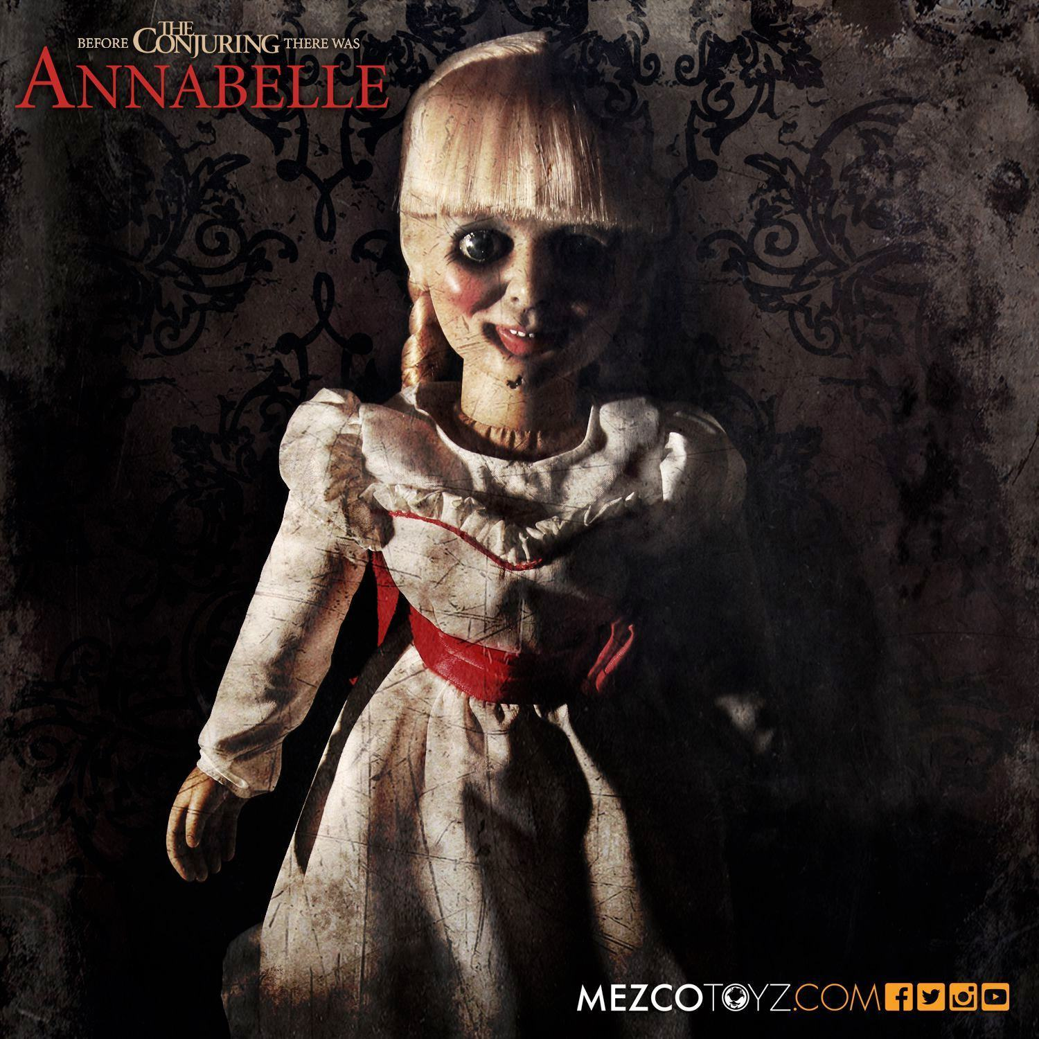 Boneca-Assombrada-Annabelle-Doll-Scaled-Prop-Replica-02