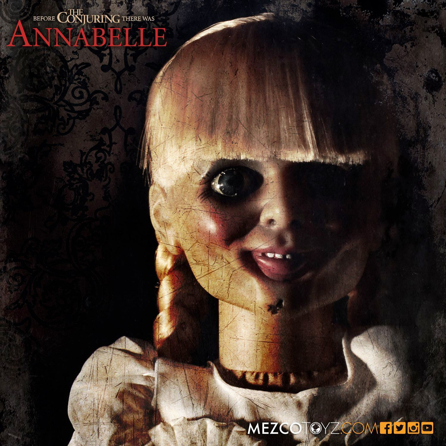 Boneca-Assombrada-Annabelle-Doll-Scaled-Prop-Replica-04