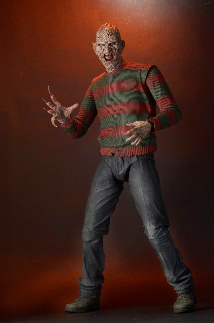Nightmare-on-Elm-Street-Part-2-Freddys-Revenge-1-4-Scale-Action-Figure-05