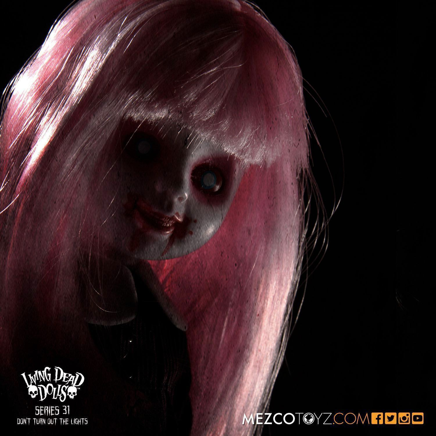 Bonecas-The-Living-Dead-Dolls-Series-31-Dont-Turn-Out-The-Lights-11