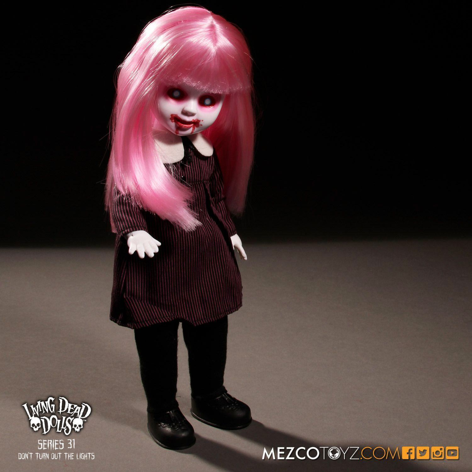 Bonecas-The-Living-Dead-Dolls-Series-31-Dont-Turn-Out-The-Lights-12