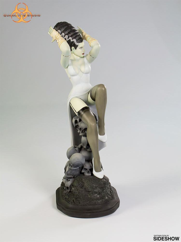 Estatua-Death-Becomes-Her-Statue-03
