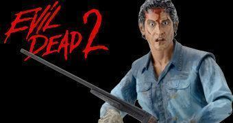 Evil Dead 2: Ultimate Ash Action Figure