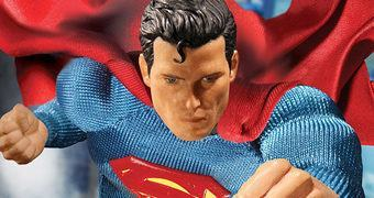 Superman Action Figure Mezco One:12 Collective