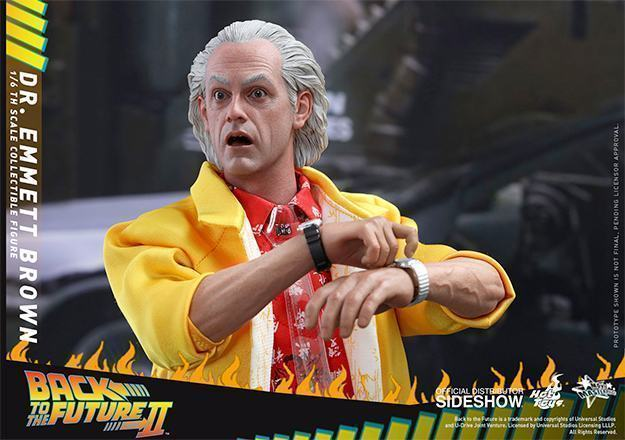 Action-Figure-Future-Emmett-Brown-Back-to-the-Future-II-Hot-Toys-02