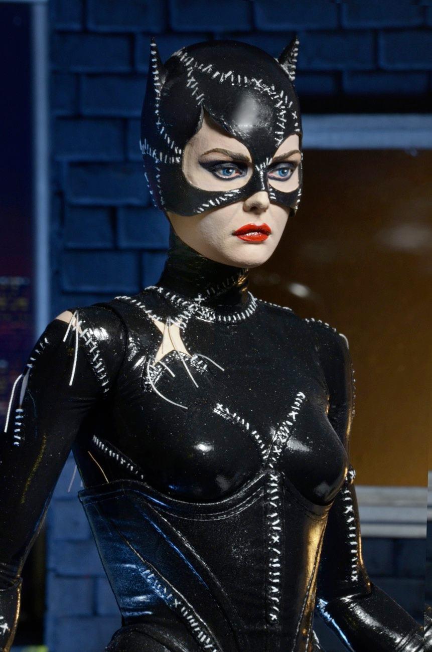 Catwoman-Batman-Returns-1-4-Scale-Figure-04