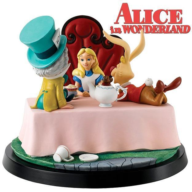 Estatua-Diorama-Alice-in-Wonderland-A-Moment-In-Time-Numbered-Statue-01