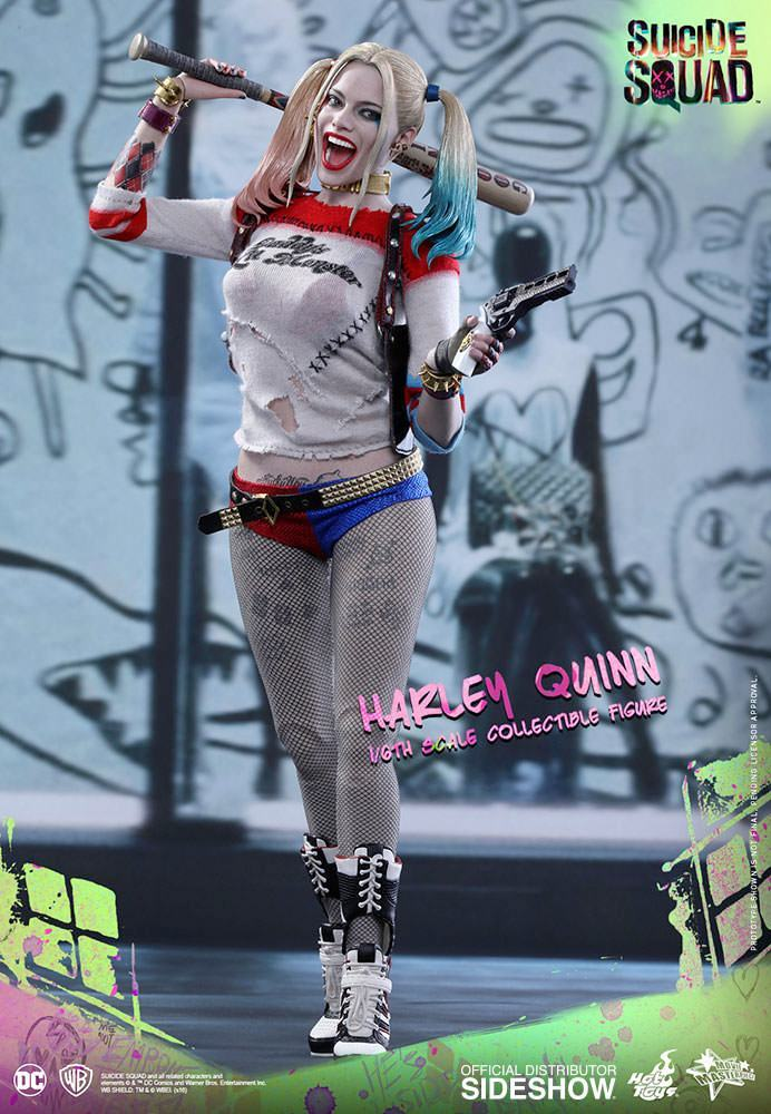 Harley-Quinn-Suicide-Squad-Action-Figure-Hot-Toys-07