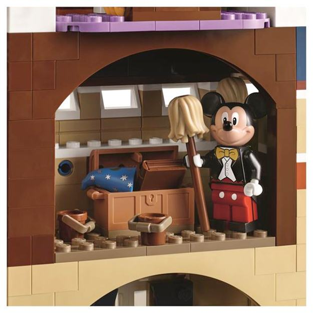 LEGO-The-Disney-Castle-Cinderella-02