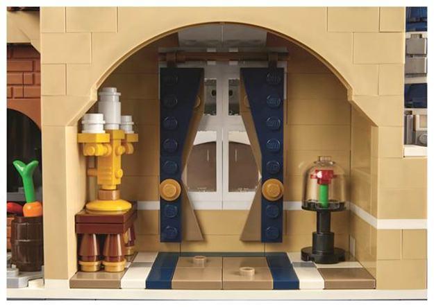 LEGO-The-Disney-Castle-Cinderella-06