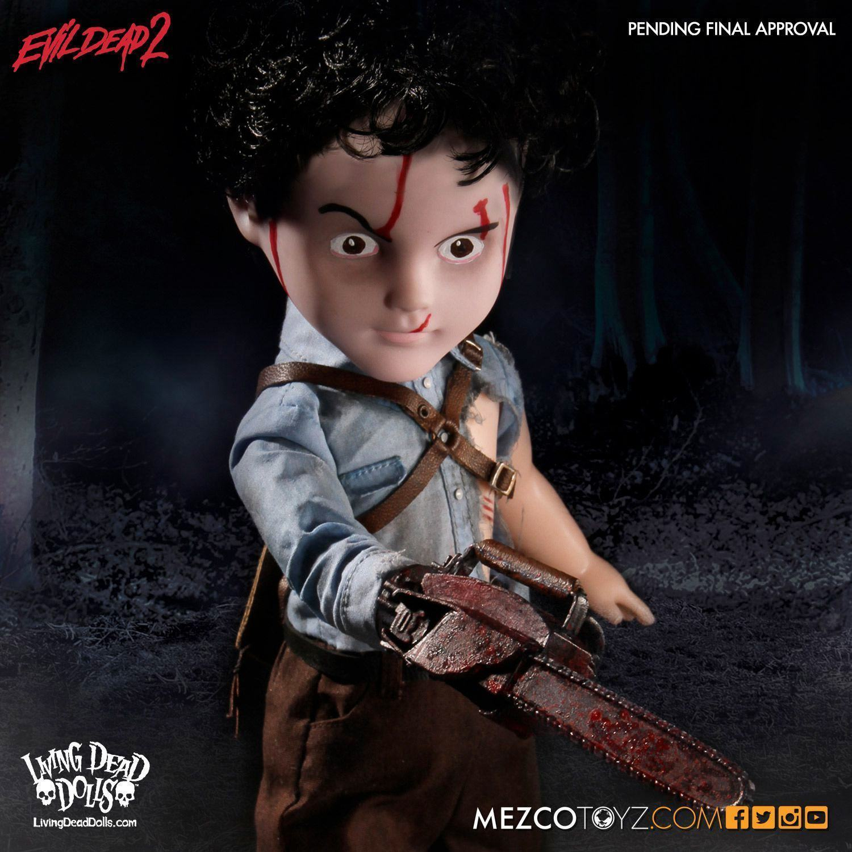 Living-Dead-Dolls-Presents-Evil-Dead-2-Ash-03