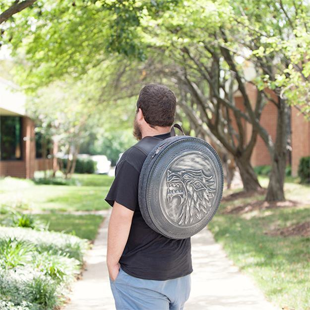 Mochila-Game-of-Thrones-Stark-Shield-Backpack-07