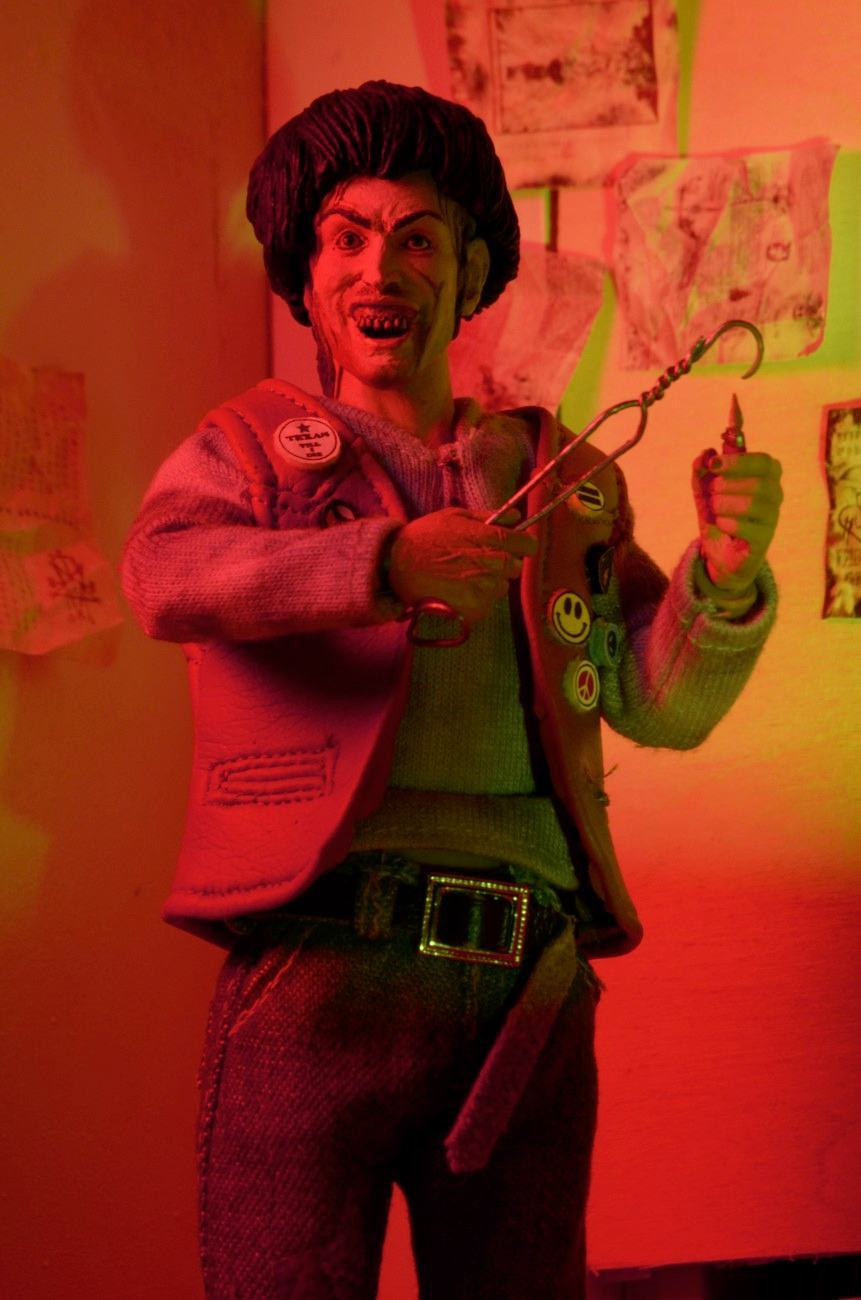 Texas-Chainsaw-Massacre-2-Chop-Top--8-Inch-Clothed-Retro-Action-Figure-04