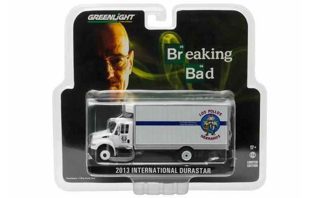 Caminhao-Los-Pollos-Hermanos-International-Box-Truck-1-64-Scale-Breaking-Bad-05