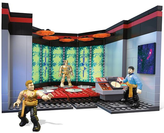 star-trek-tos-mega-bloks-transporter-room-playset-02