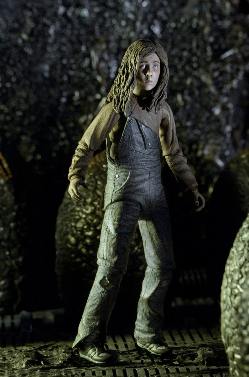 aliens-30th-anniversary-ripley-and-newt-deluxe-action-figures-05