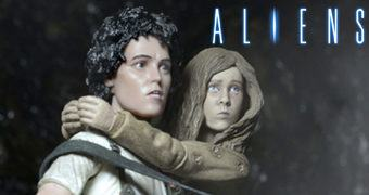 "Action Figures ""Rescuing Newt"" com Ripley e Newt (Aliens 30 Anos)"