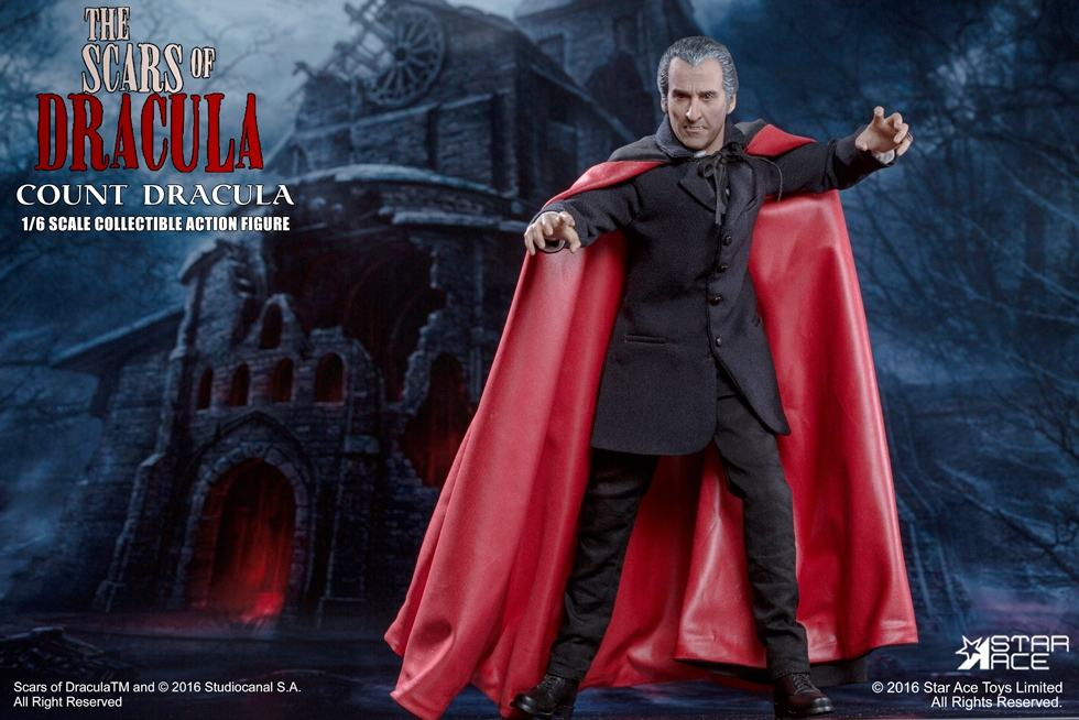 christopher-lee-as-count-dracula-12-inch-figure-05